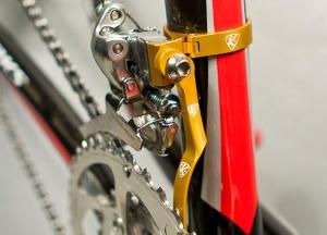 gold_bike_s.jpg